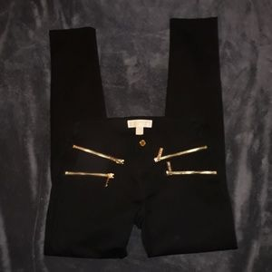 Brand NEW never worn mk pants